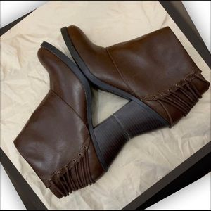 Rampage brown chunky heel boots 10M